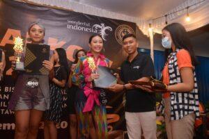 Luh Muani Academy Gelar Lomba Fashion Show di Festival Kopi 2020