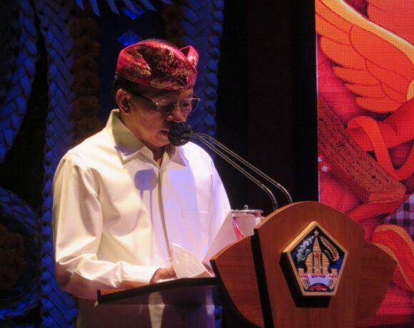 Gubernur Koster Buka Bulan Bahasa Bali