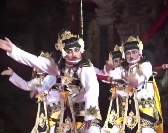 Parade Gong Kebyar